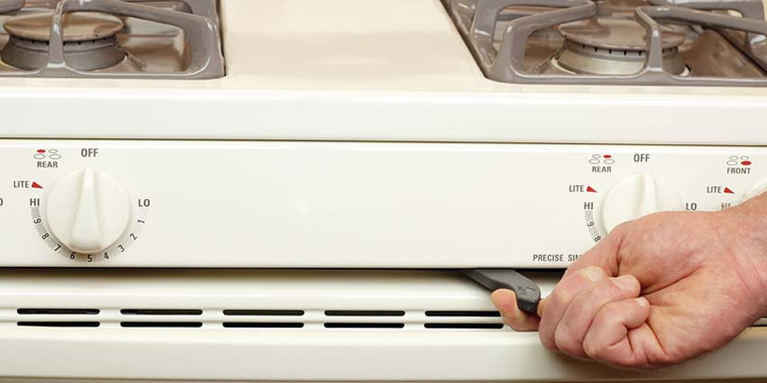 4 Reasons to Avoid Your Self-Cleaning Oven Feature