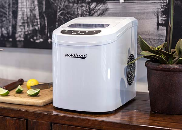 Portable & Countertop Ice Maker
