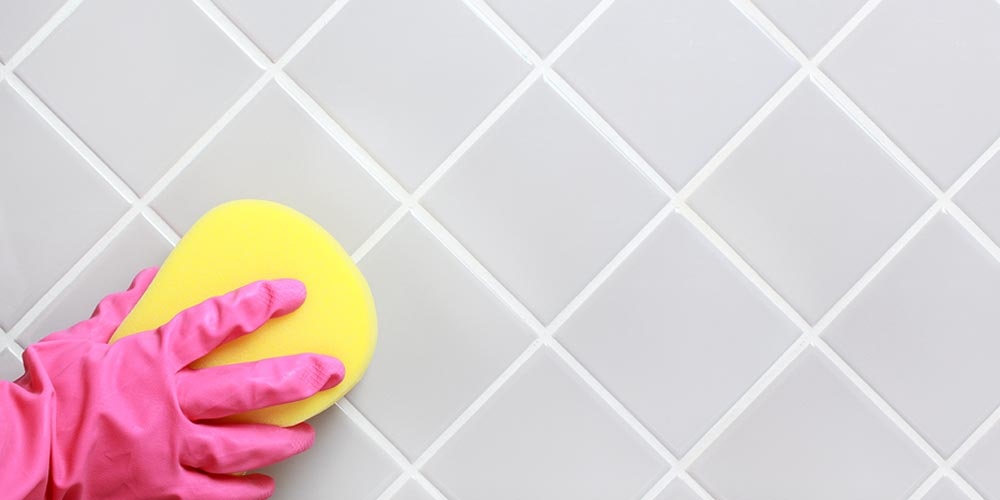 How To Deep Clean Your Bathroom In 30 Minutes Or Less